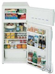 Summit 5.9 Cu. Ft. Top Freezer Refrigerator CP89