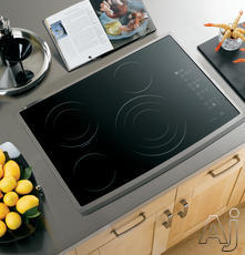 "GE 30"" Smoothtop Electric Cooktop PP945"
