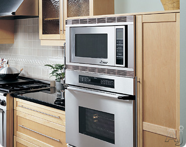 Dacor Renaissance DMT2420BK 2.0 cu. ft. Counterop Microwave with 1200 Watts, Digital Touchscreen, U.S. & Canada DMT2420BK
