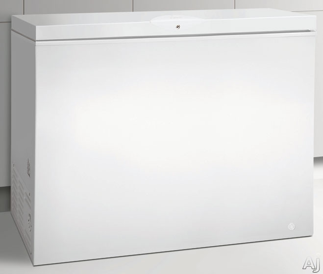 Frigidaire FFCH15M1NW 14.8 cu. ft. Chest Freezer with 2 Store-More Removable Baskets, Manual, U.S. & Canada FFCH15M1NW