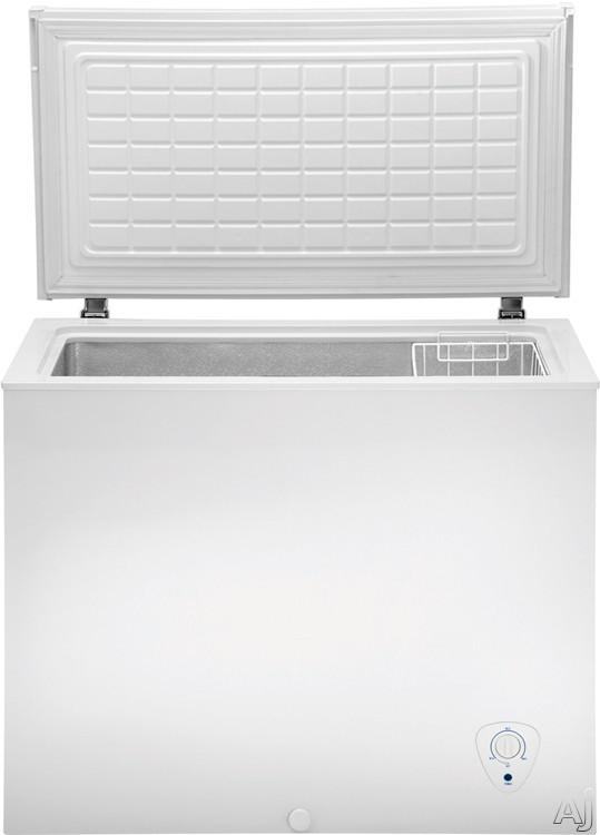 Frigidaire Fffc07m2kw 7 2 Cu Ft Chest Freezer With Store