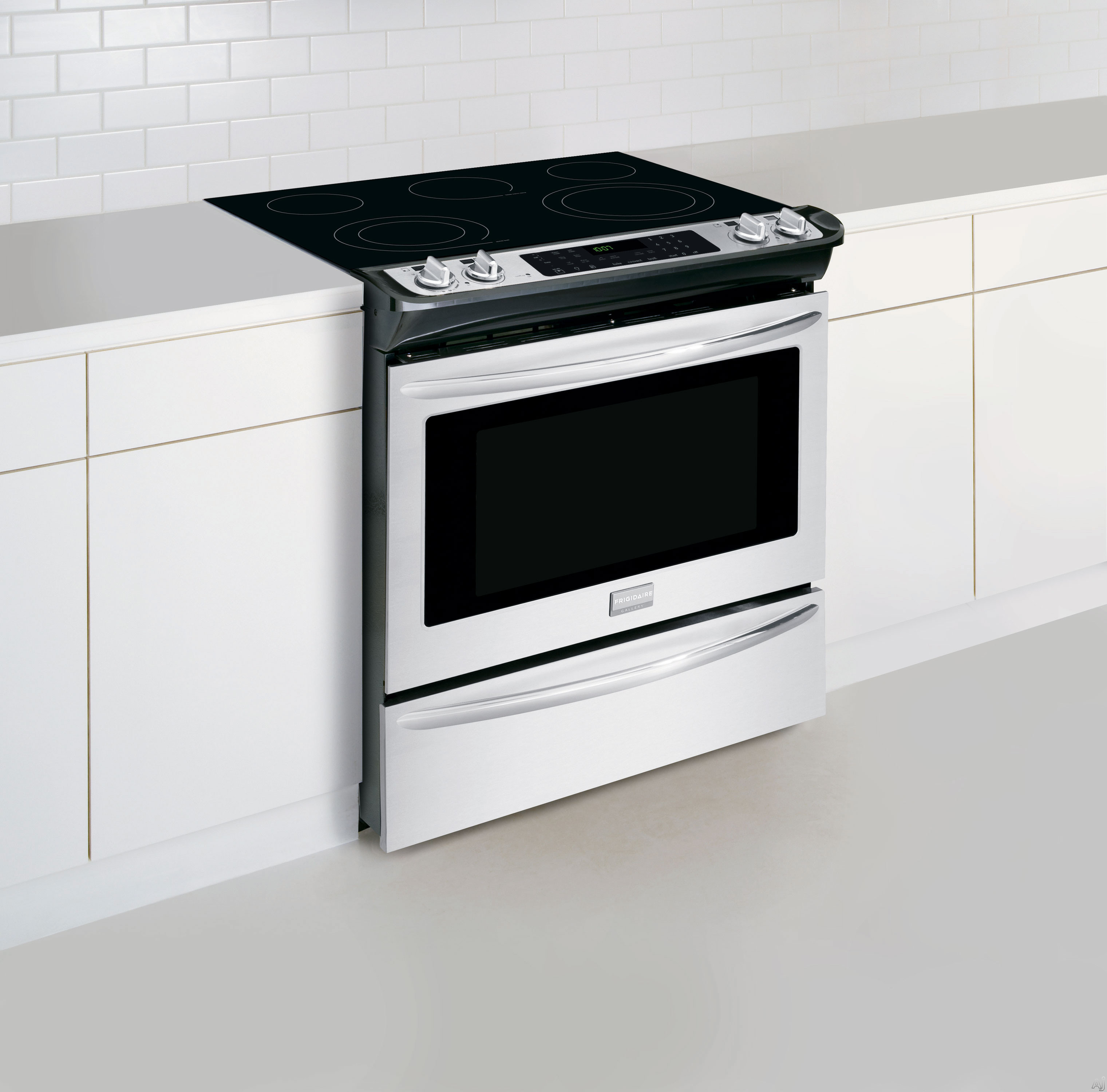 """Frigidaire FGES3065PF 30"""" Slide in Smoothtop Electric"""