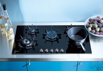 Miele KM391 36 Inch Sealed Burner Gas Cooktop with 5 Burners, Cast Iron Grates, Black Glass with Stainless Steel Trim