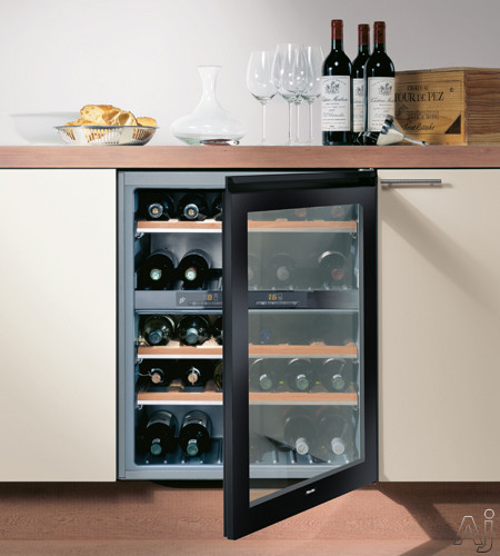 miele kwt4154ug1r 24 undercounter dual zone wine storage with 38 bottle capacity 5 storage. Black Bedroom Furniture Sets. Home Design Ideas