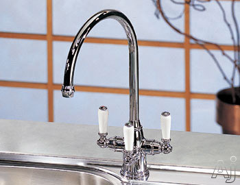 Franke Triflow Series TFC300 Corithian Triple Lever Gooseneck Faucet with Built-In Filtration System: Polished Chrome