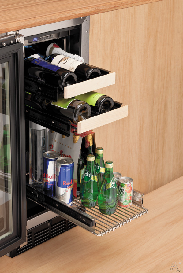 Viking Vbci1150g 15 Quot Undercounter Beverage Center With 3 0