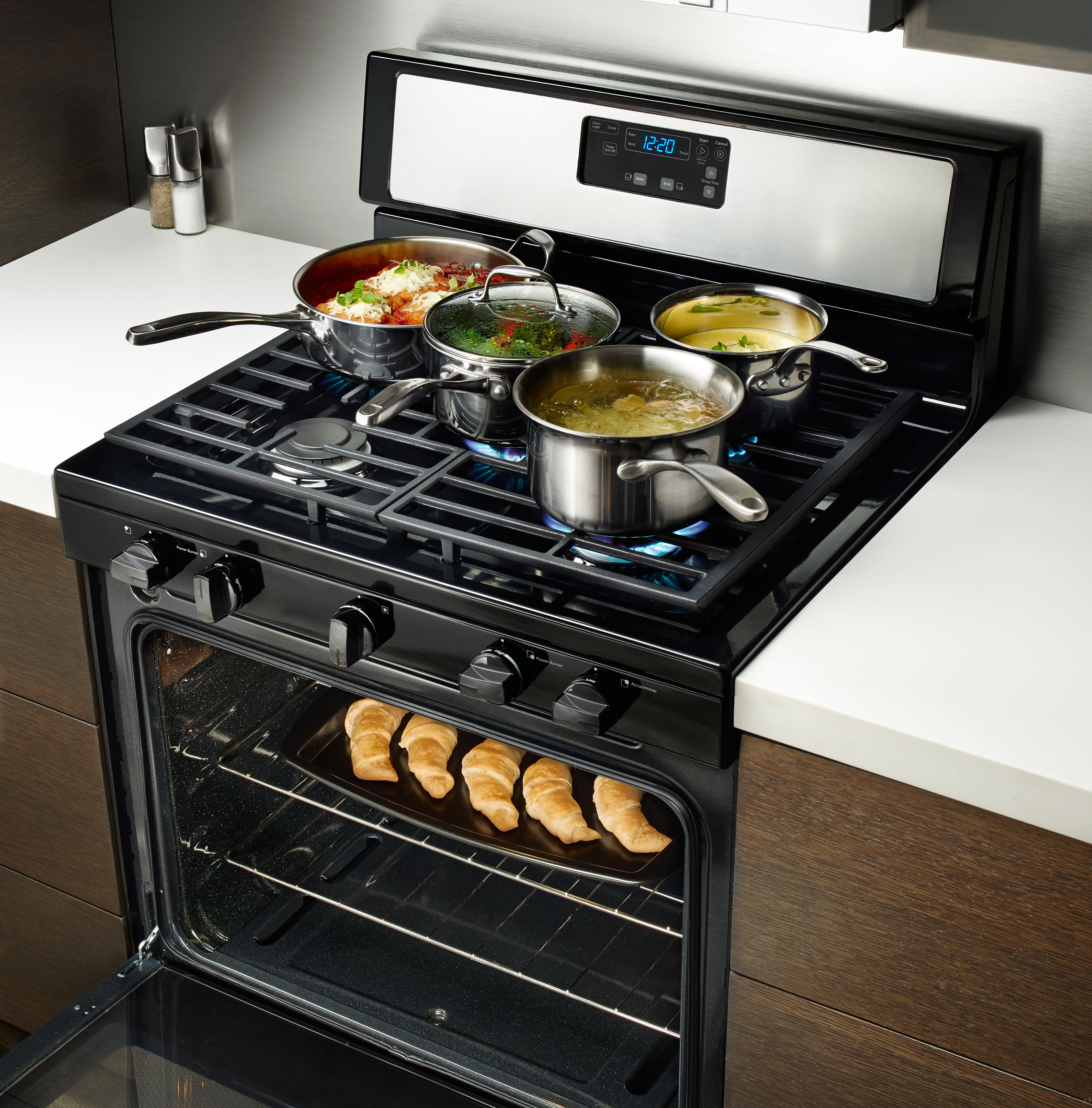 Whirlpool Wfg505m0bb 30 Quot Freestanding Gas Range With 5