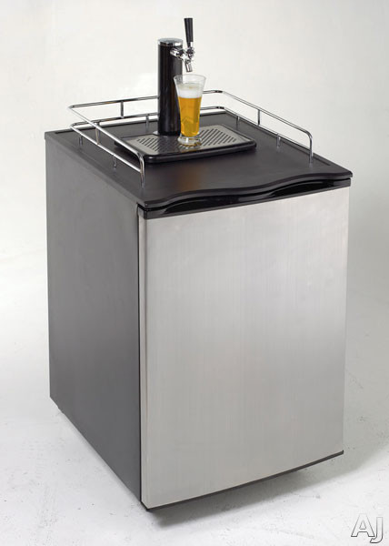 "Avanti BD7000 22"" Freestanding Beer Dispenser with 1 / 2 or 1 / 4 Keg Capacity, High-Tech Pressure, U.S. & Canada BD7000"