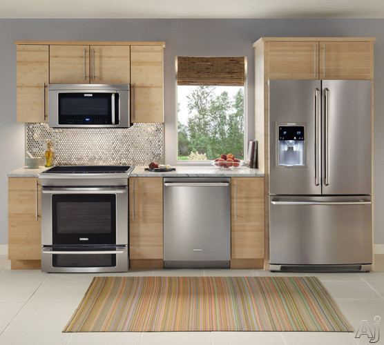 """Electrolux Outdoor Kitchen: Electrolux EW30IS65JS 30"""" Slide-In Induction Range With 4"""