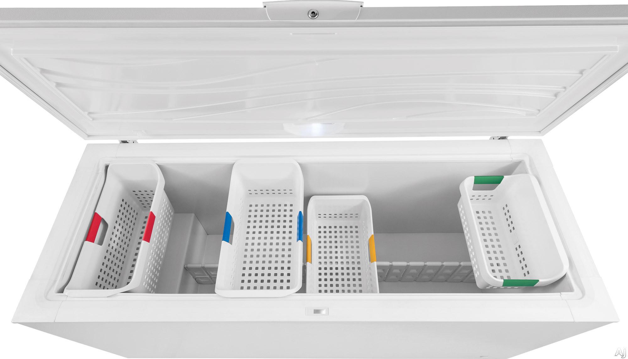 Frigidaire Fffc18m6qw 17 5 Cu Ft Chest Freezer With 4