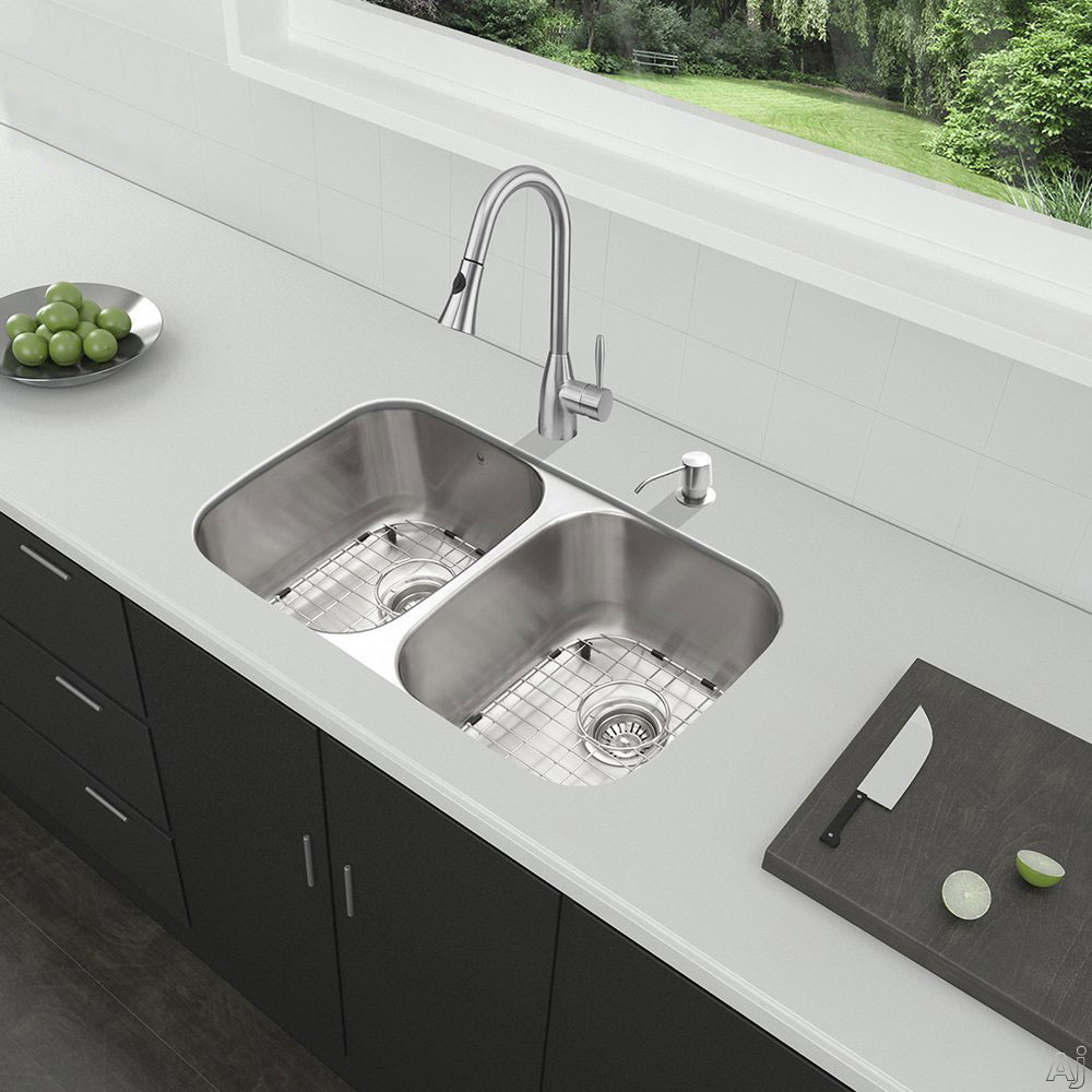 Vigo Industries VG15340 32 Inch All-in-One Undermount Kitchen Sink and Faucet Set with 9 Inch Bowl Depth, 18 Gauge, Pull-Out Faucet and 2 Stainless Steel Sink Bottom Grids