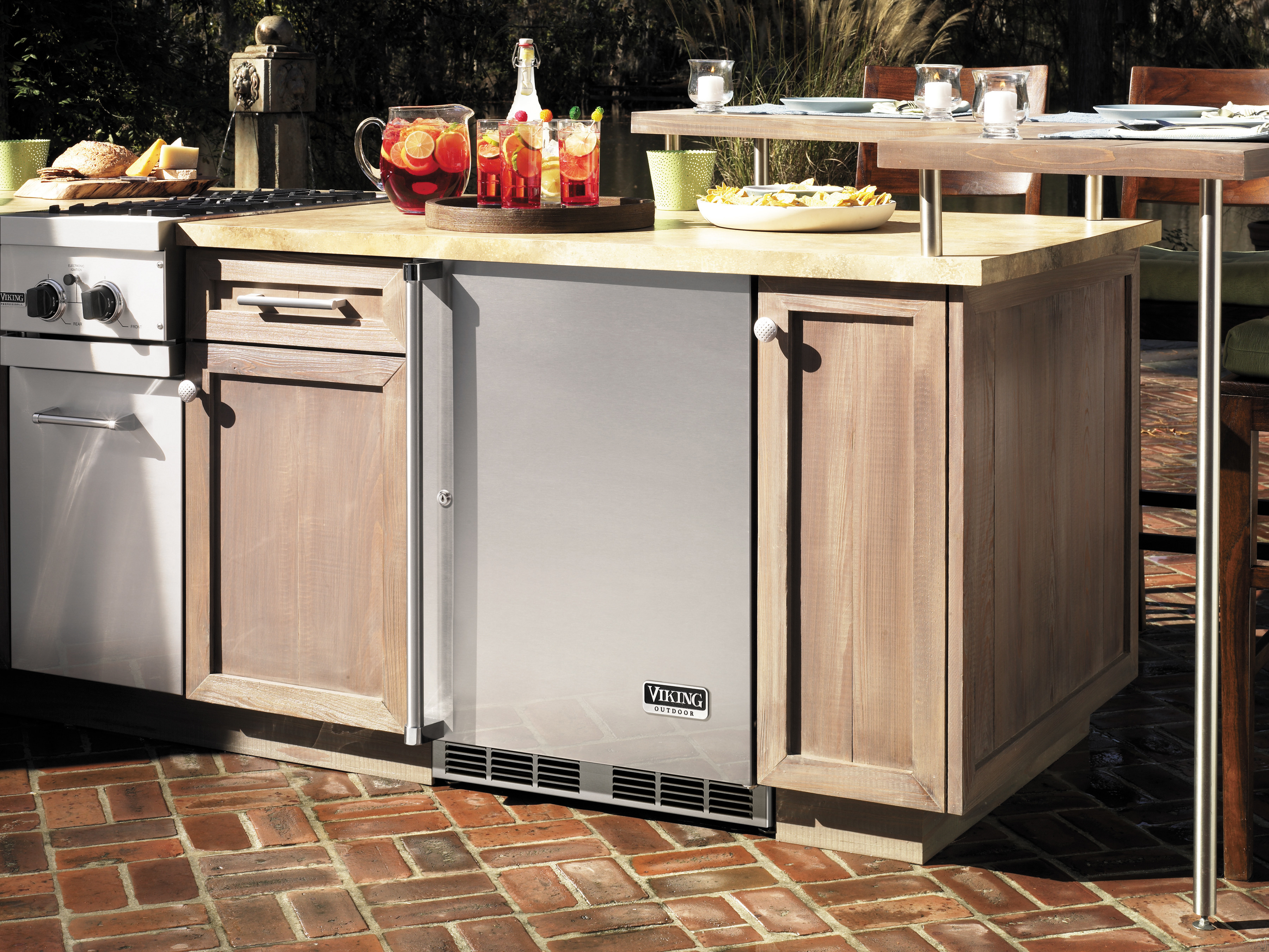 Viking vrco5240drss 24 undercounter outdoor refrigerator for Viking outdoor