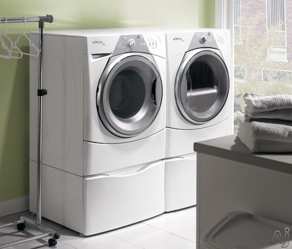 "Whirlpool WFW8500SR 27"" Front-Load Washer With 3.7 Cu. Ft"